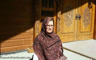 Frances-meditation-at-ashram